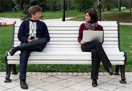 как подойти к незнакомой девушке на улице, как налаживать общение с девушками,  знакомиться на улице, реально ли познакомиться на улице